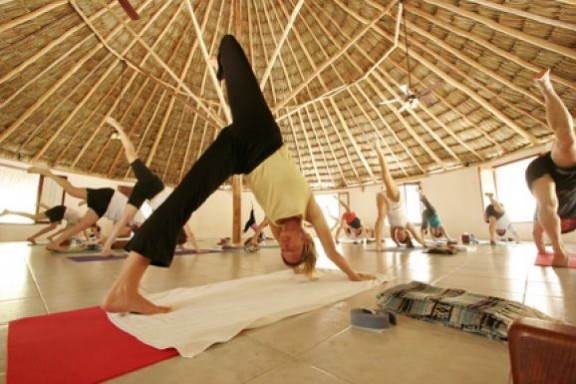 maya-tulum-wellness-retreat-and-spa-yoga