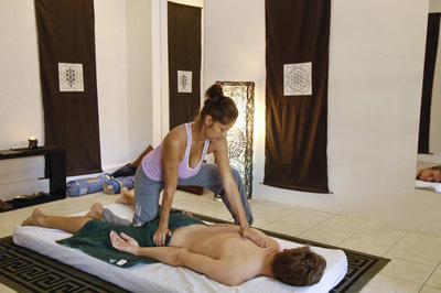 some one have yoga massage therapy in a massage center in Tamarindo